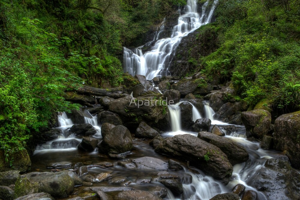 Waterfall1 by Apatride