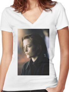 DANA SCULLY ALIEN AMAZING Women's Fitted V-Neck T-Shirt