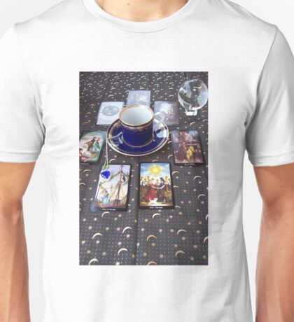Tarot reading and tea Unisex T-Shirt