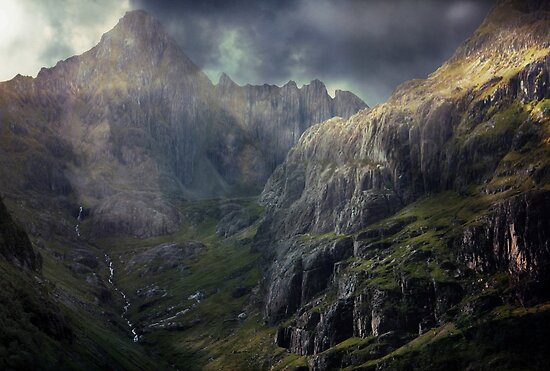 The Glen of Weeping. by Kenart