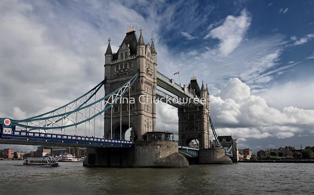Tower Bridge by Irina Chuckowree