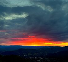 Eildon Sunset by DavidsArt