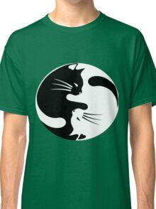 Ying yang cat (white) Classic T-Shirt