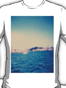 Ships in Dock New Filter T-Shirt