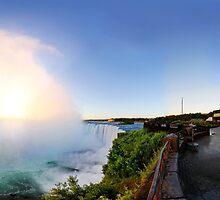 Sunrise at Niagara Falls by Zoltán Duray