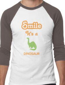 Smile it's a DINOSAUR Men's Baseball ¾ T-Shirt