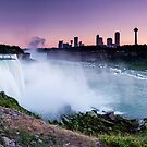 Niagara Falls by Zoltán Duray