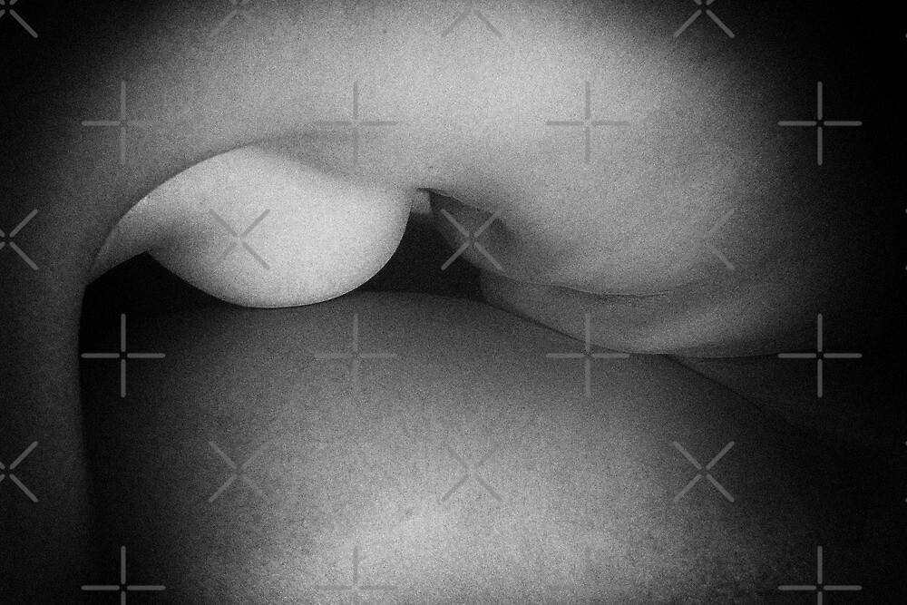 Female nude by Lefteris Betsis
