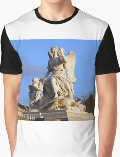 The angel of Versailles Graphic T-Shirt