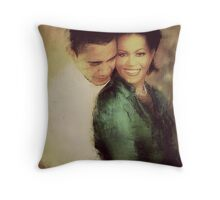 PRESIDENT OBAMA & THE FIRST LADY Throw Pillow