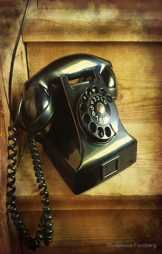 Old Phone by Madeleine Forsberg