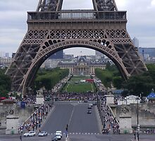 EIFFEL TOWER by gracestout2007