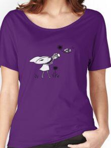 macro girl, bee & dandelion Women's Relaxed Fit T-Shirt