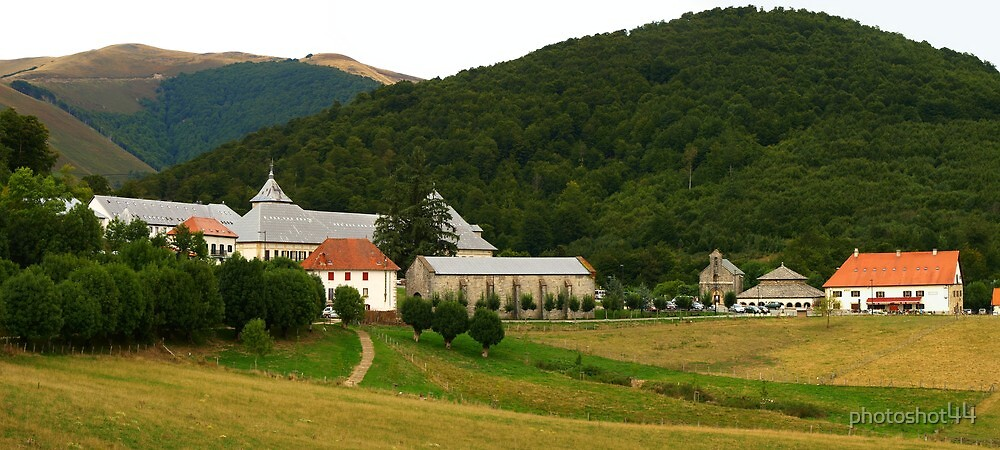 Roncesvalles by photoshot44