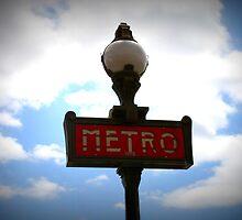 Metro by katacharin