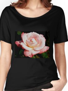 Dewy pink rose Women's Relaxed Fit T-Shirt