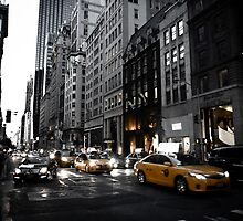 New York 5th Avenue by Zoe Roupakia