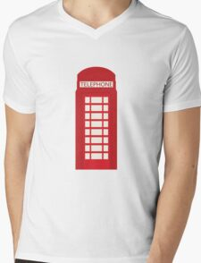 England Telephone Booth Mens V-Neck T-Shirt