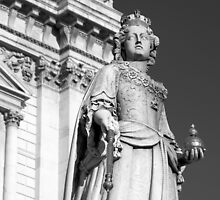 Queen Anne 1 B&W by photonista
