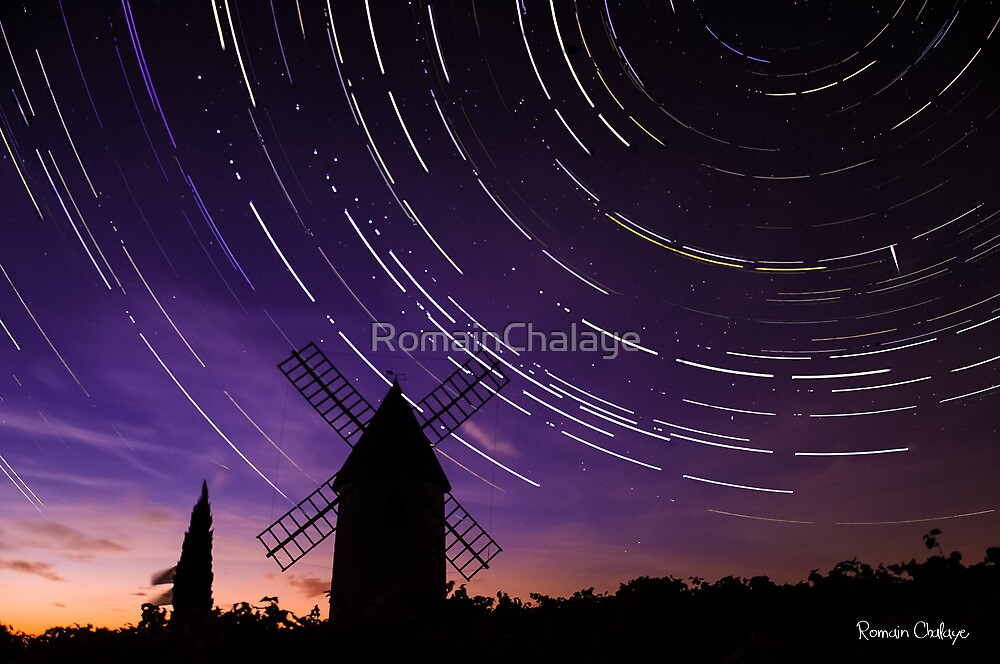 Star trails & Wind Mill by RomainChalaye