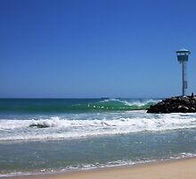 City Beach Perfect Wave - Sunday 23 09 2012 by robertemerald