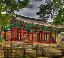 Pavillon at Gyeongbokgung Palace, South Korea by Gabor Pozsgai