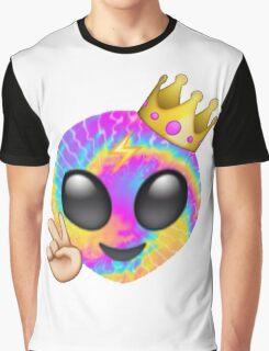 RAINBOW ALIEN EMOJI Graphic T-Shirt