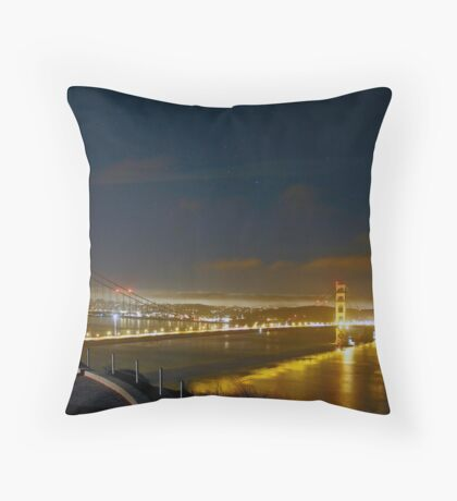WAITING FOR THE SPACE SHUTTLE Throw Pillow