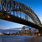 Sydney Harbour Bridge by mikeofthethomas
