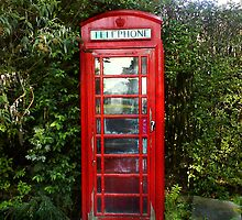 Red Phonebox, Lake District, Cumbria by holden