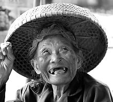 Still Smiling by fernblacker