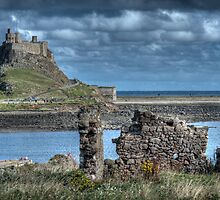 Lindifarne Castle (Holy Island) by Colin Metcalf