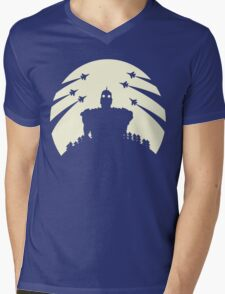 The Giant and the moon. Mens V-Neck T-Shirt