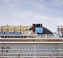 Norwegian Cruise Line by Jasper Smits