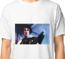 """Sigourney Weaver. In the movie """"Aliens""""  Classic T-Shirt"""