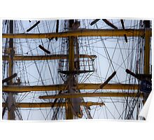 Between masts and ropes Poster