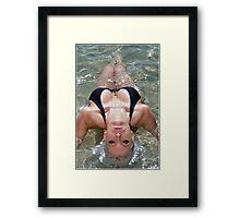 Biquini Curva Framed Print