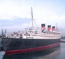 Queen Mary by Kevin Gallagher