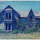 Abandoned House by shahnachristine