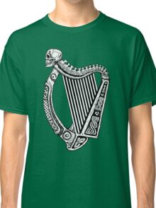 Irish Harp with Skull Classic T-Shirt