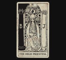 the monochromatic high priestess by coquillage