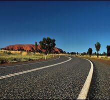 Road to Uluru by mashdown