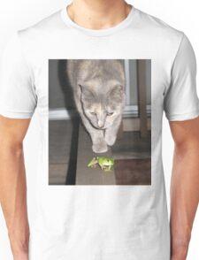 Feline on the Hunt ?  Unisex T-Shirt