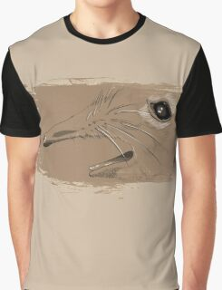 Take A Closer Look At That Snout! Graphic T-Shirt