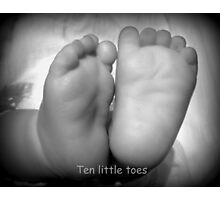 Ten little toes  Photographic Print