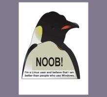 NOOB! I am a Linux snob Kids Tee