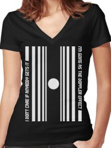 The Doppler effect - White on black Women's Fitted V-Neck T-Shirt