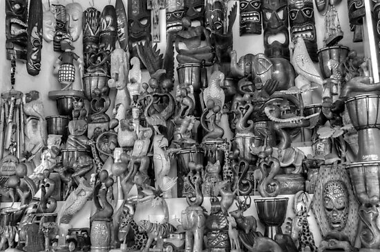 Stall at the Straw Market in Nassau, The Bahamas by Jeremy Lavender Photography