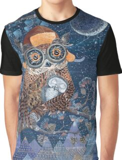 Owl mother Graphic T-Shirt