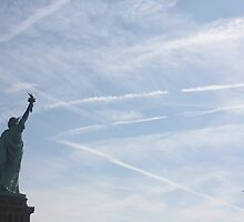 Stature of Liberty   by creativecamart